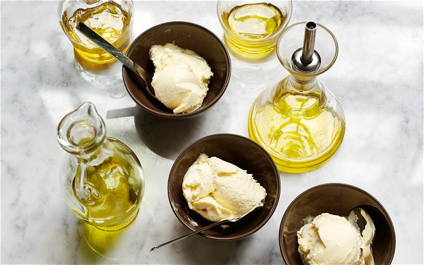 olive-oil-ice-crea_2985678b
