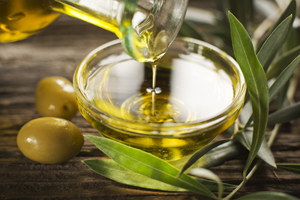 Extra-virgin olive oil contains an ingredient, oleocanthal, that kills cancer cells without harming healthy cells, researchers have found.